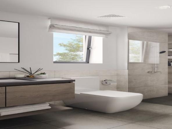 47_4BR_Bathroom